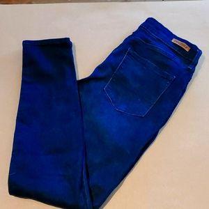 Stetchy skinny jeans